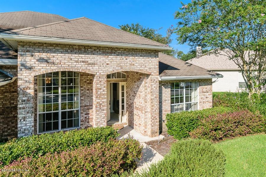 Real Estate Photography - 4510 Summer Walk Ct, Jacksonville, FL, 32258 - Location 3