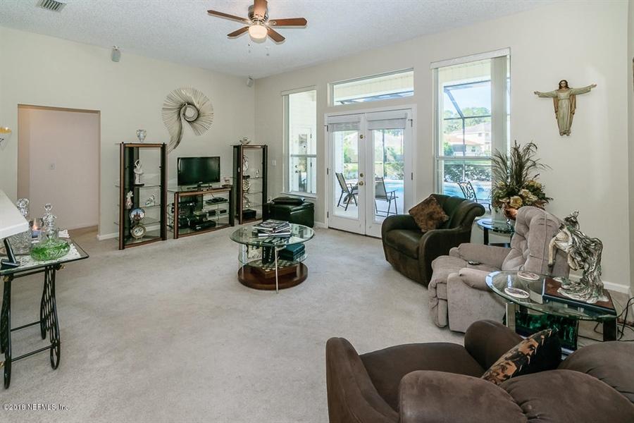 Real Estate Photography - 4510 Summer Walk Ct, Jacksonville, FL, 32258 - Location 7