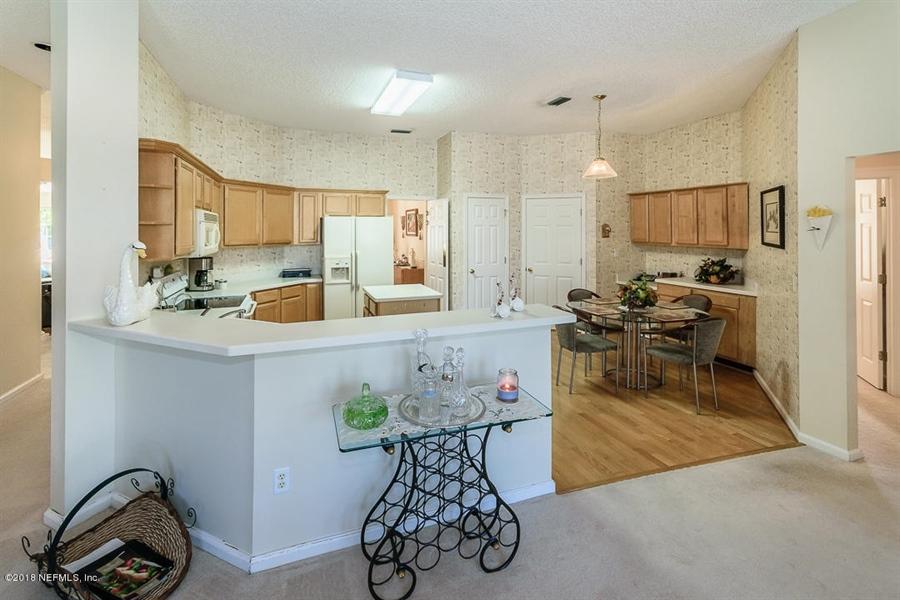 Real Estate Photography - 4510 Summer Walk Ct, Jacksonville, FL, 32258 - Location 10