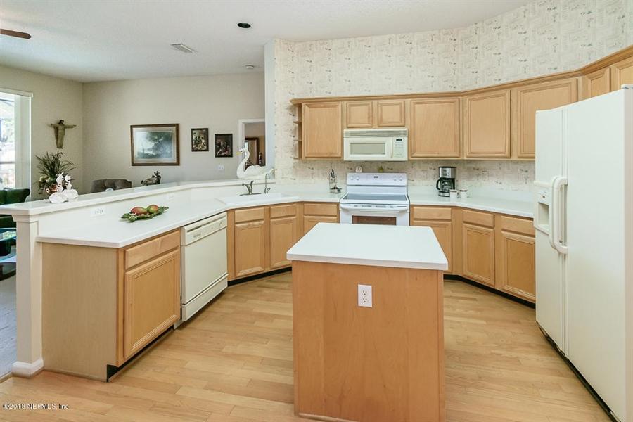 Real Estate Photography - 4510 Summer Walk Ct, Jacksonville, FL, 32258 - Location 11