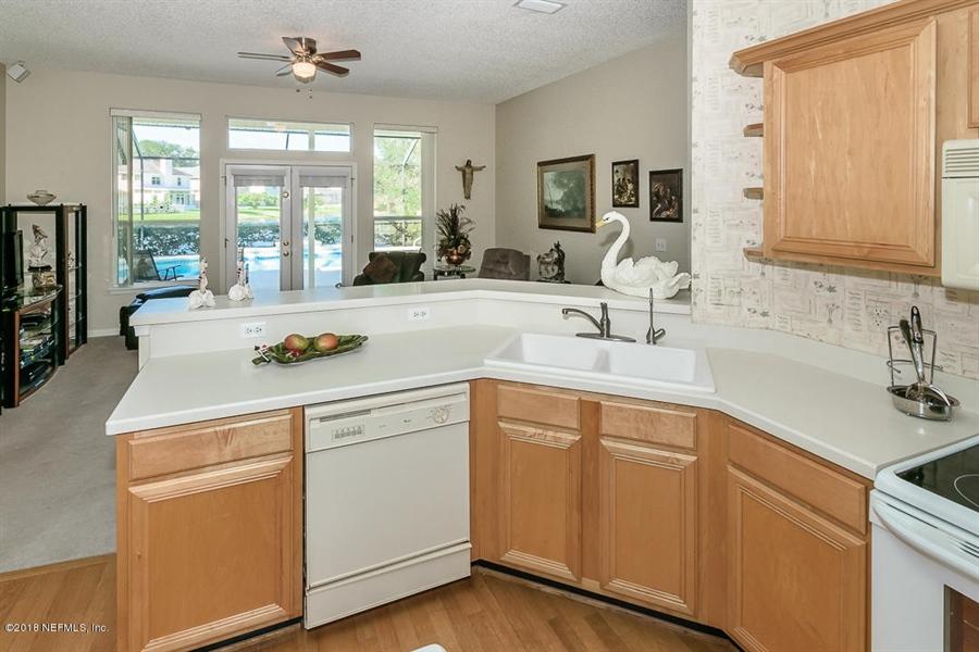 Real Estate Photography - 4510 Summer Walk Ct, Jacksonville, FL, 32258 - Location 12