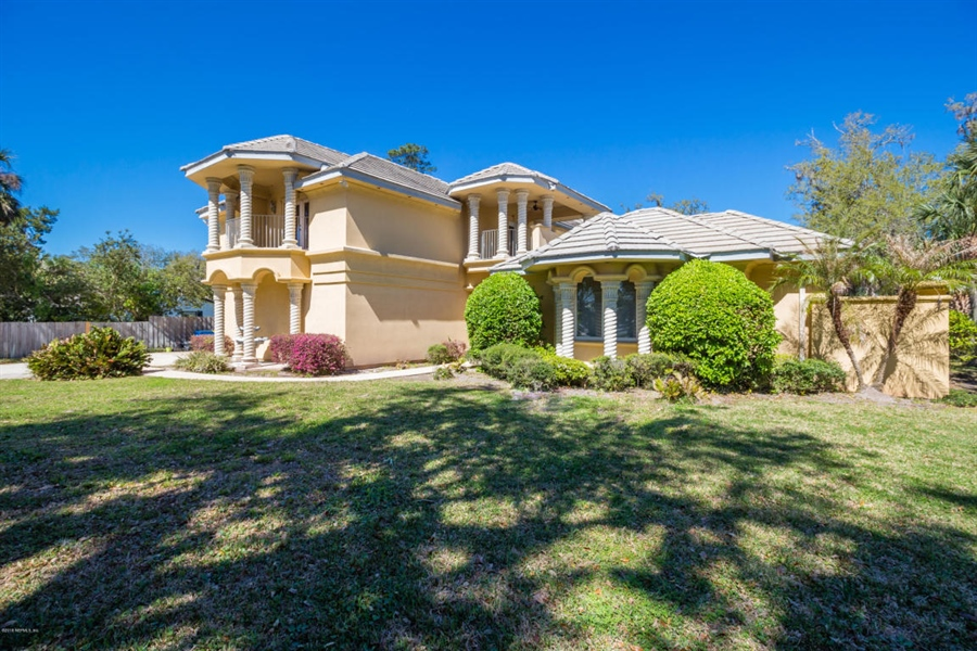 Real Estate Photography - 5611 Heckscher Dr, Jacksonville, FL, 32226 - Location 3