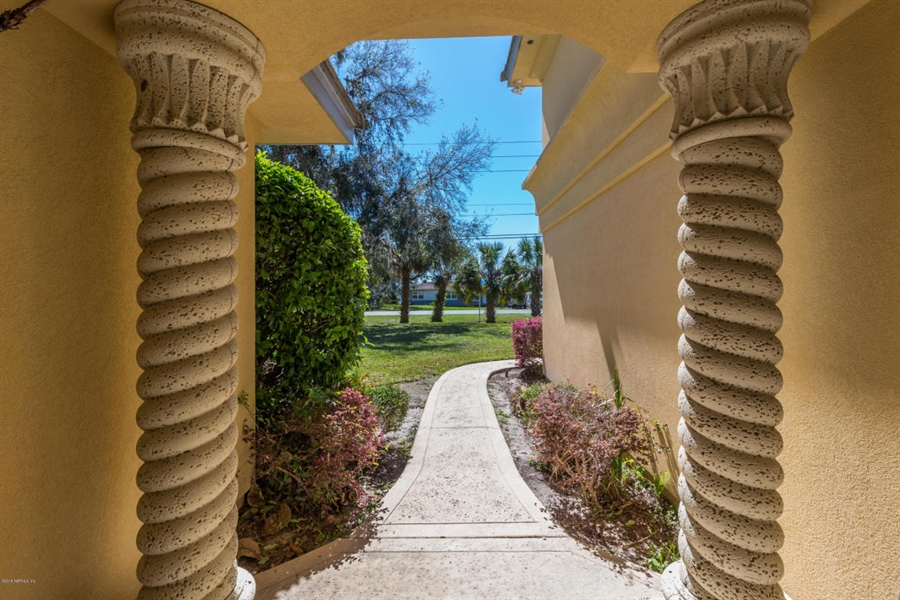 Real Estate Photography - 5611 Heckscher Dr, Jacksonville, FL, 32226 - Location 9