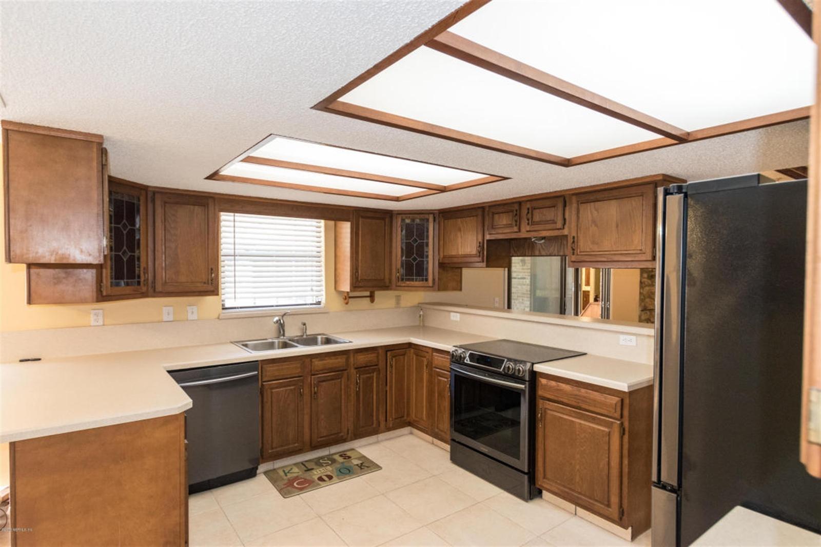 Real Estate Photography - 816 Whisper Cove Trl, Jacksonville, FL, 32221 - Location 11