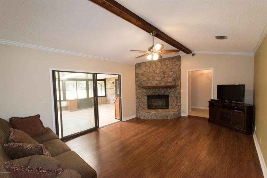 Real Estate Photography - 816 Whisper Cove Trl, Jacksonville, FL, 32221 - Location 6