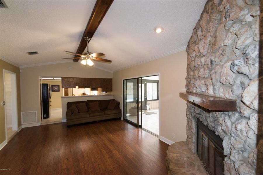 Real Estate Photography - 816 Whisper Cove Trl, Jacksonville, FL, 32221 - Location 8