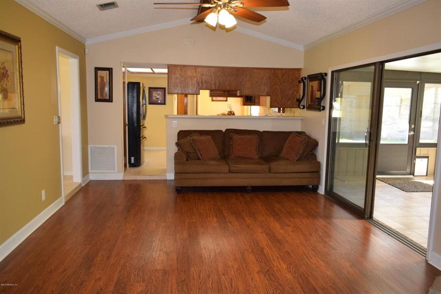 Real Estate Photography - 816 Whisper Cove Trl, Jacksonville, FL, 32221 - Location 9