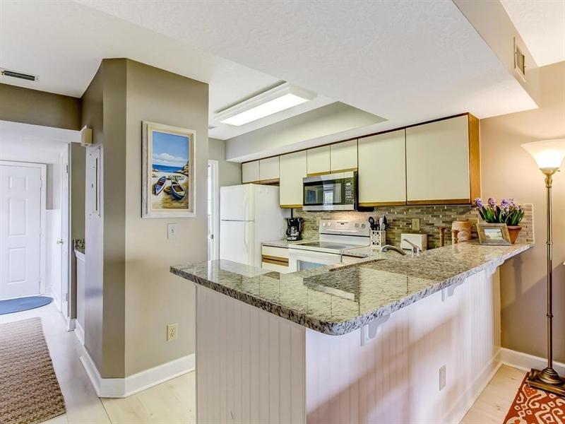 Real Estate Photography - 5010 Summer Beach Blvd, Apt 608, Fernandina Beach, FL, 32034 - Location 4
