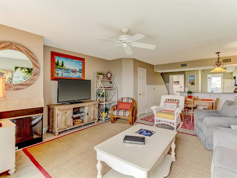 Real Estate Photography - 5010 Summer Beach Blvd, Apt 608, Fernandina Beach, FL, 32034 - Location 12
