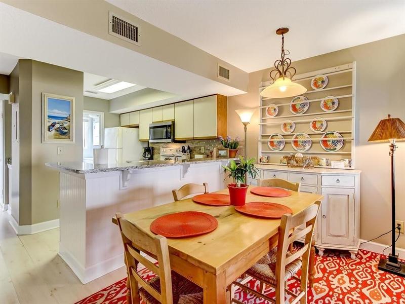 Real Estate Photography - 5010 Summer Beach Blvd, Apt 608, Fernandina Beach, FL, 32034 - Location 14