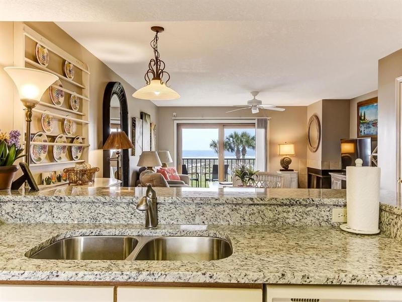 Real Estate Photography - 5010 Summer Beach Blvd, Apt 608, Fernandina Beach, FL, 32034 - Location 15