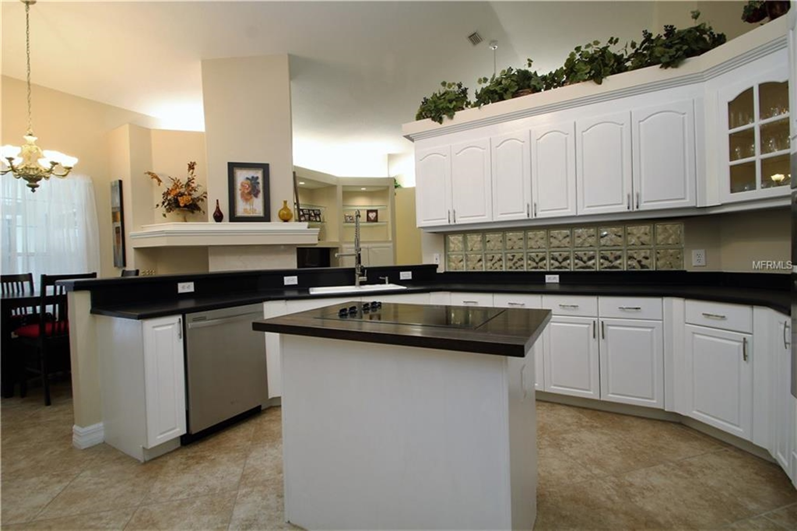 Real Estate Photography - 607 Cricklewood Ter, Lake Mary, FL, 32746 - Location 9