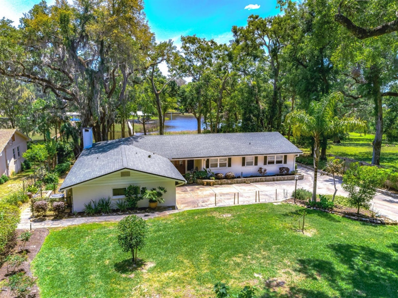 Real Estate Photography - 6714 Strawberry Ln, Jacksonville, FL, 32211 - Location 1