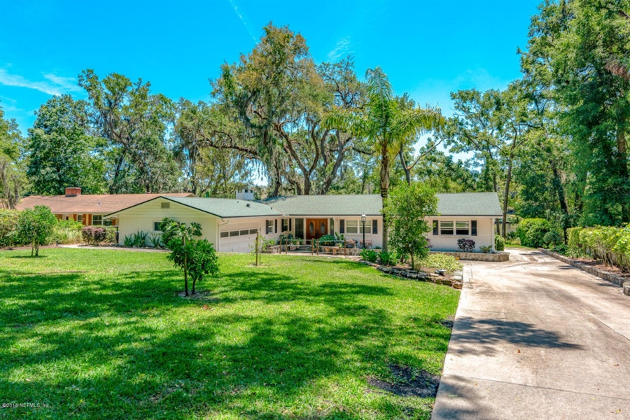 Real Estate Photography - 6714 Strawberry Ln, Jacksonville, FL, 32211 - Location 3