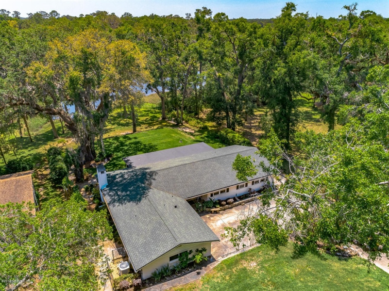 Real Estate Photography - 6714 Strawberry Ln, Jacksonville, FL, 32211 - Location 8