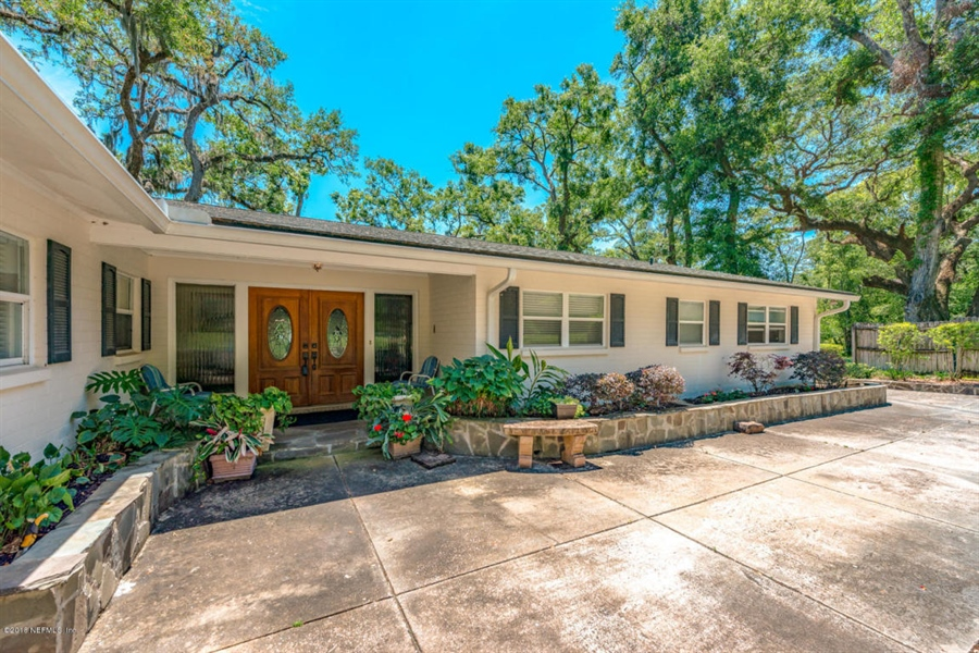 Real Estate Photography - 6714 Strawberry Ln, Jacksonville, FL, 32211 - Location 9
