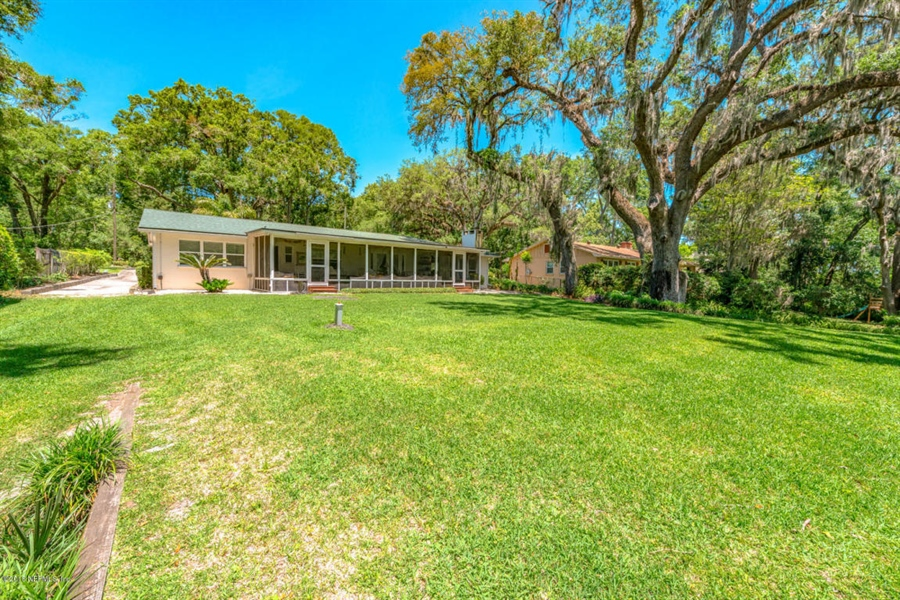 Real Estate Photography - 6714 Strawberry Ln, Jacksonville, FL, 32211 - Location 12