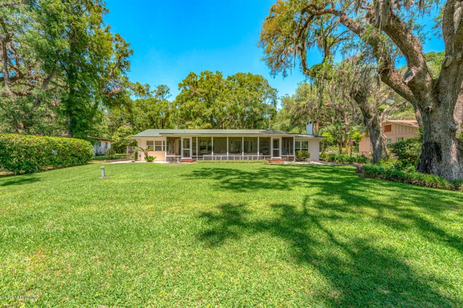 Real Estate Photography - 6714 Strawberry Ln, Jacksonville, FL, 32211 - Location 13