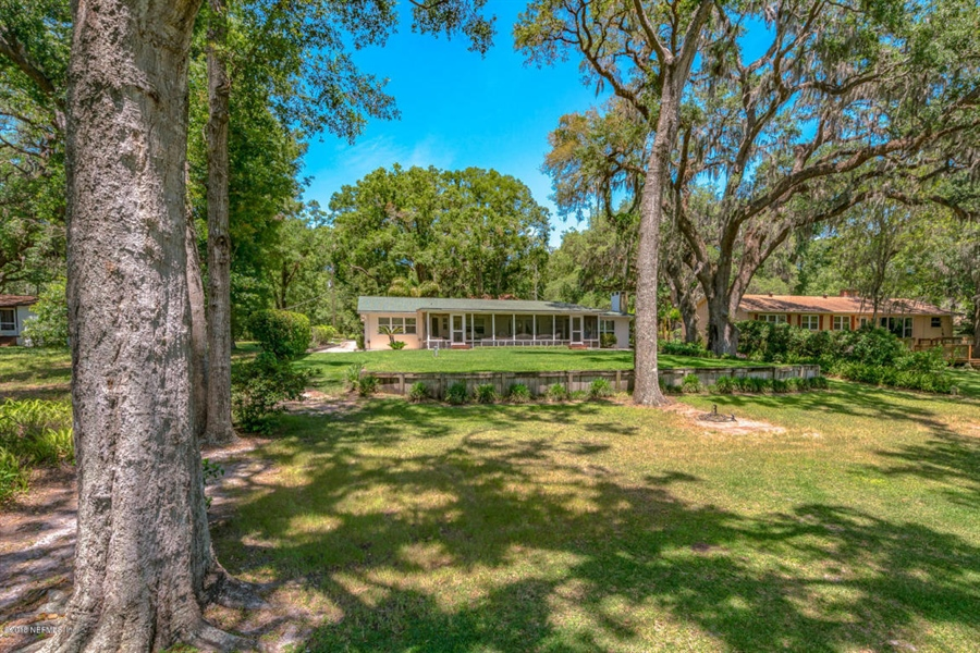 Real Estate Photography - 6714 Strawberry Ln, Jacksonville, FL, 32211 - Location 14