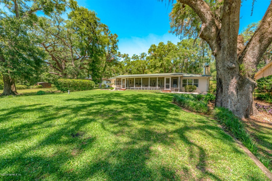 Real Estate Photography - 6714 Strawberry Ln, Jacksonville, FL, 32211 - Location 15