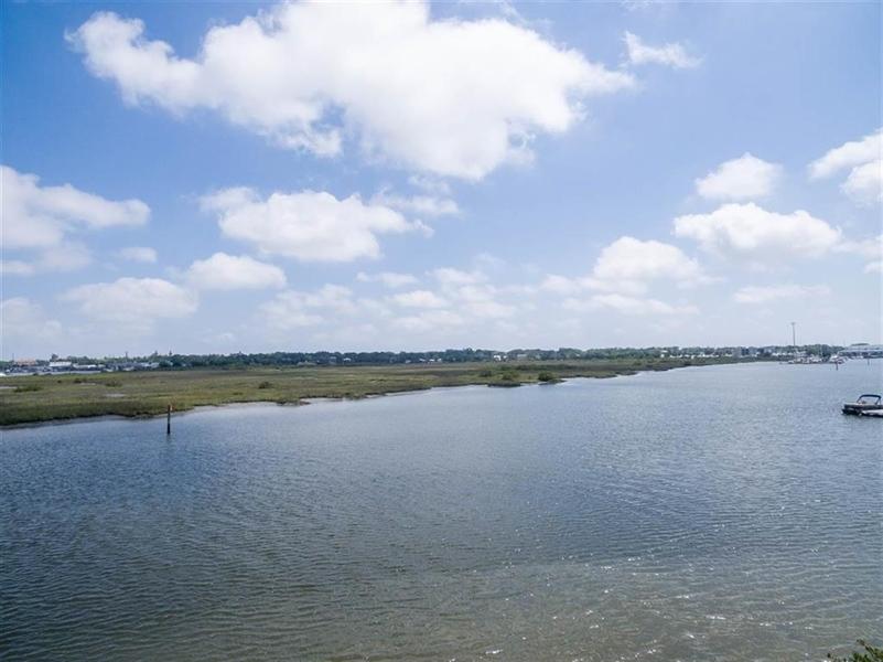 Real Estate Photography - 44 Villa Calissa Ct, St Augustine, FL, 32084 - Location 15