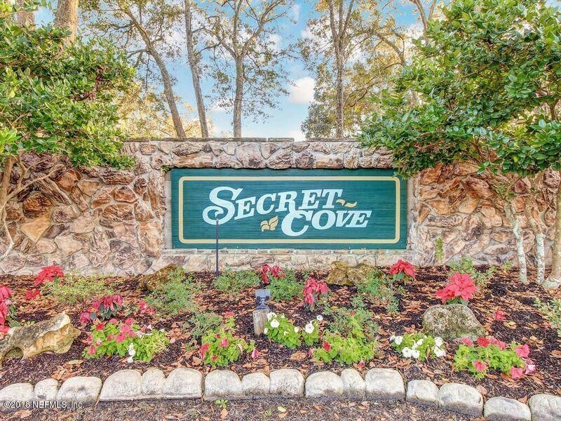 Real Estate Photography - 3144 OLD PORT CIR, JACKSONVILLE, FL, 32216 - COMMUNITY ENTRANCE