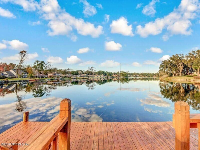 Real Estate Photography - 3144 OLD PORT CIR, JACKSONVILLE, FL, 32216 - COMMUNITY LAKE