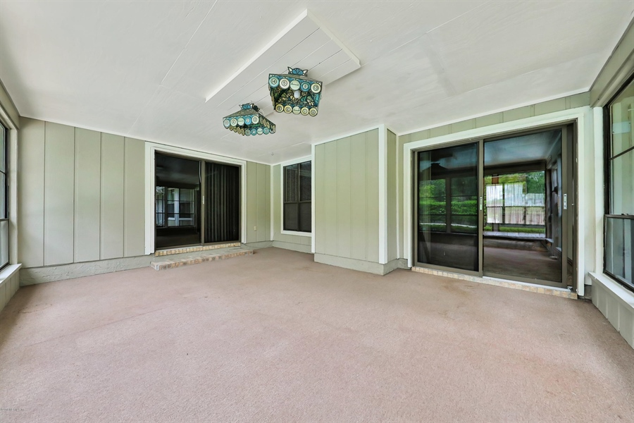 Real Estate Photography - 3144 OLD PORT CIR, JACKSONVILLE, FL, 32216 - SUNPORCH