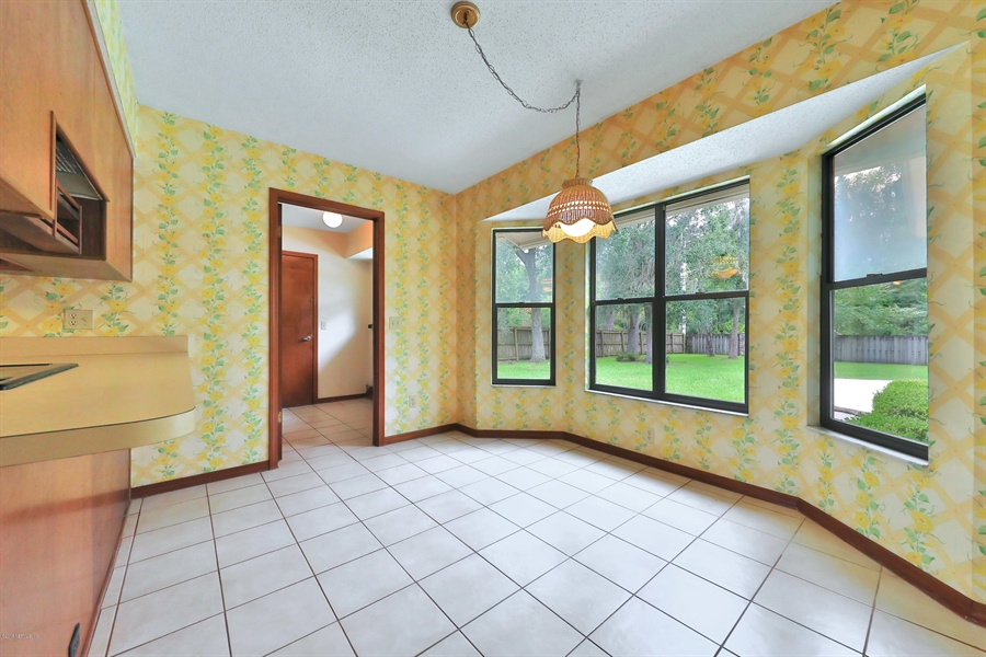 Real Estate Photography - 3144 OLD PORT CIR, JACKSONVILLE, FL, 32216 - BREAKFAST NOOK