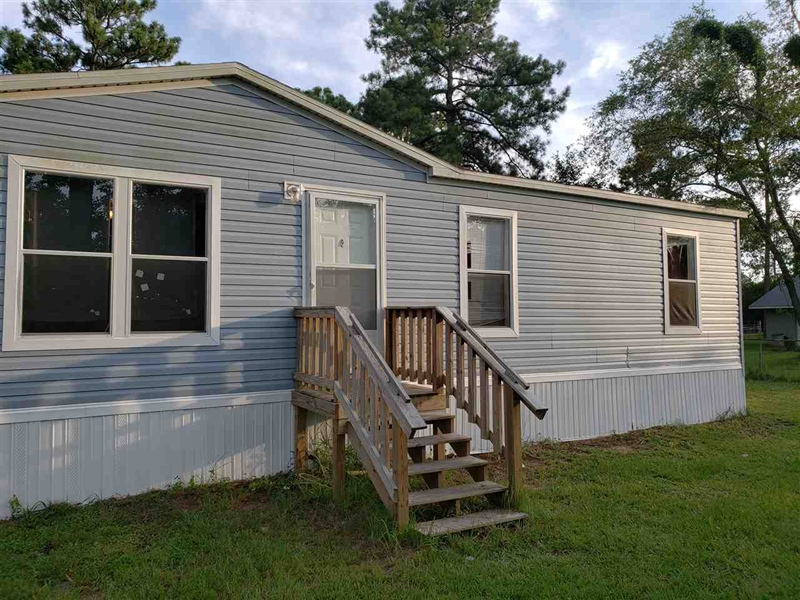 Real Estate Photography - 1360 Howard Rd, Jacksonville, FL, 32218 - Location 3