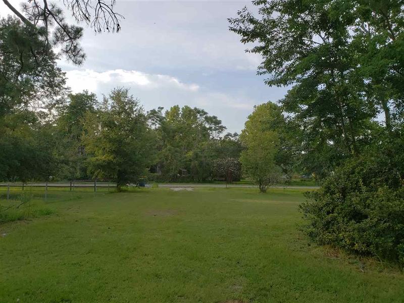 Real Estate Photography - 1360 Howard Rd, Jacksonville, FL, 32218 - Location 4