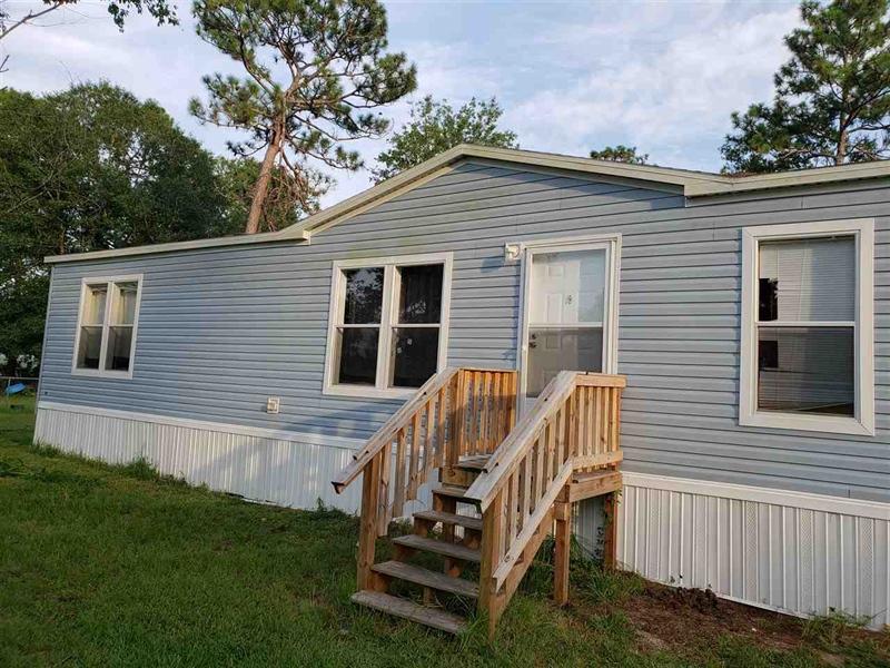 Real Estate Photography - 1360 Howard Rd, Jacksonville, FL, 32218 - Location 6
