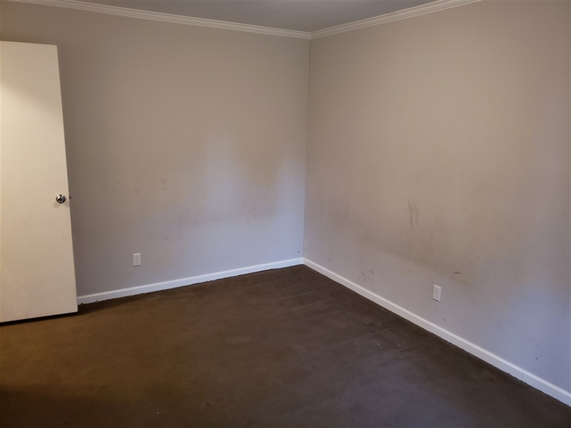 Real Estate Photography - 1360 Howard Rd, Jacksonville, FL, 32218 - Location 21