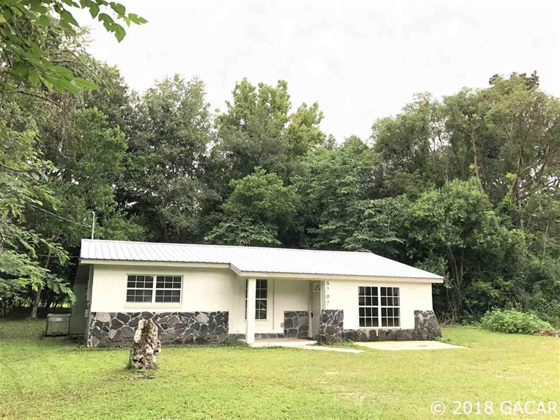 Real Estate Photography - 6707 NE 27th Ave, Gainesville, FL, 32609 - Location 2