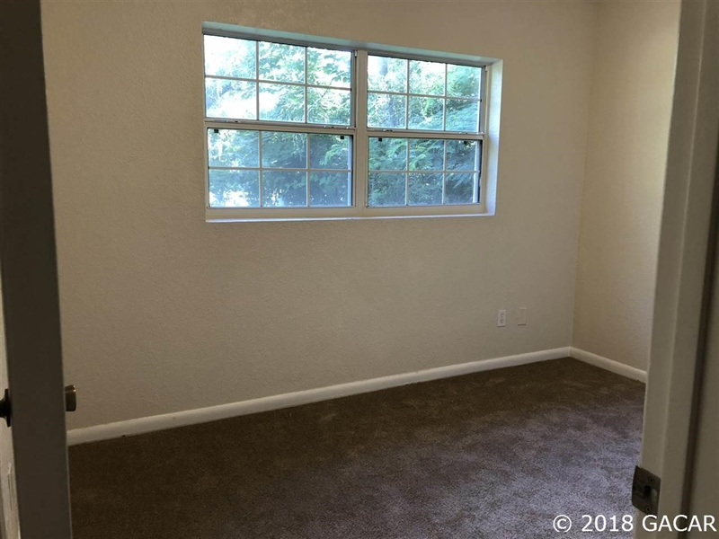 Real Estate Photography - 6707 NE 27th Ave, Gainesville, FL, 32609 - Location 16