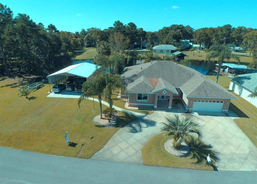 Real Estate Photography - 1621 Yellow Brick Rd, Astor, FL, 32102 - Location 1