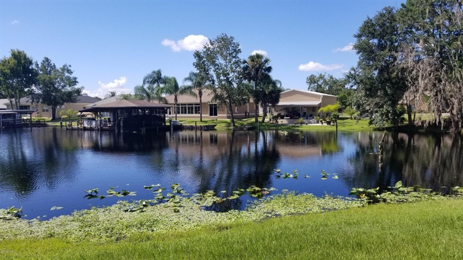 Real Estate Photography - 1621 Yellow Brick Rd, Astor, FL, 32102 -