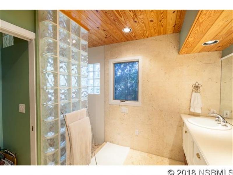 Real Estate Photography - 205 Ranken Dr, Edgewater, FL, 32141 - Location 12