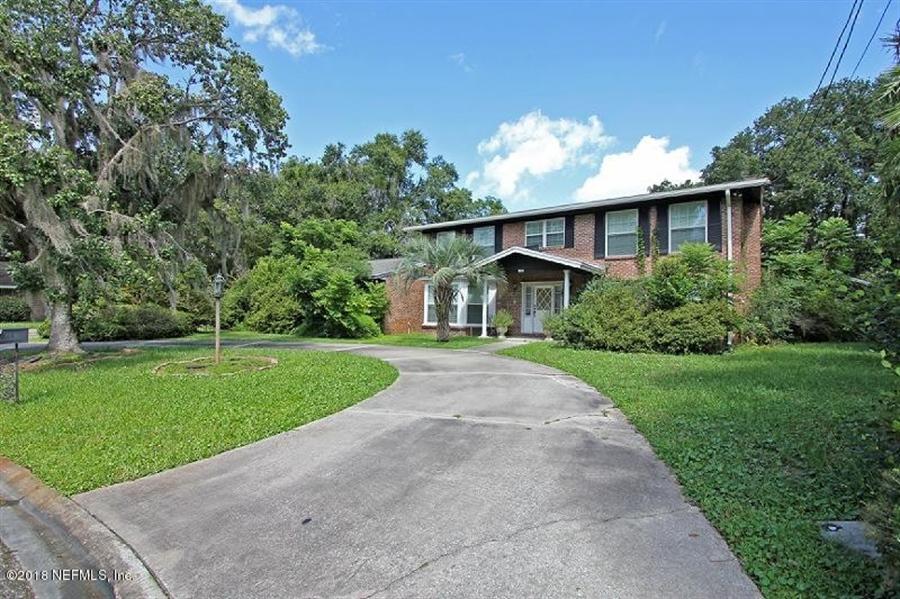 Real Estate Photography - 8604 La Losa Dr W, Jacksonville, FL, 32217 - Location 2