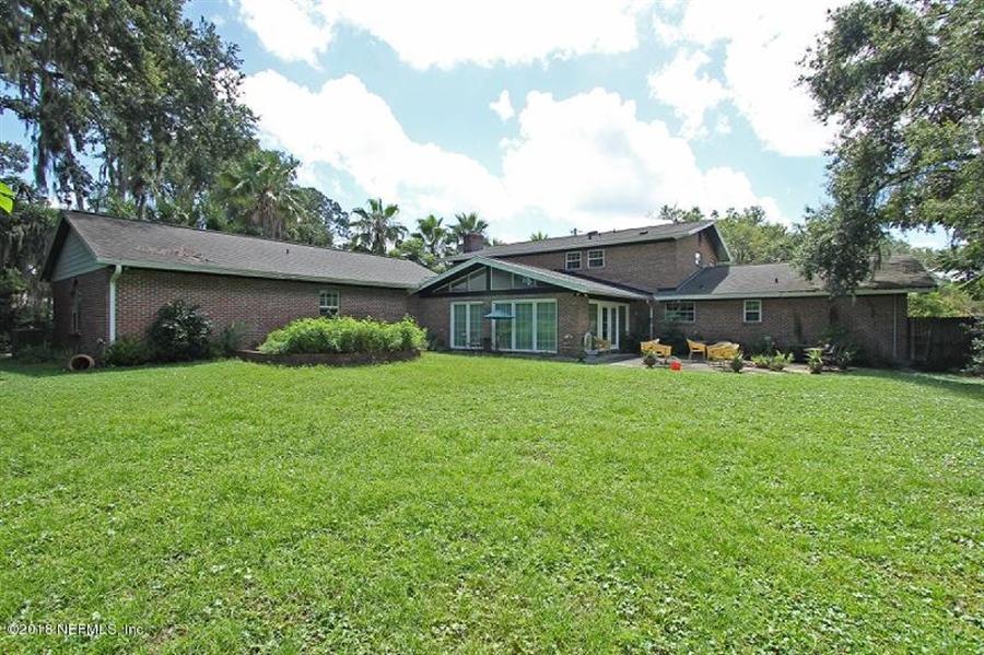 Real Estate Photography - 8604 La Losa Dr W, Jacksonville, FL, 32217 - Location 7