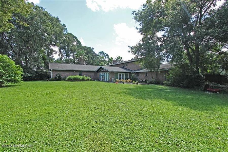 Real Estate Photography - 8604 La Losa Dr W, Jacksonville, FL, 32217 - Location 8