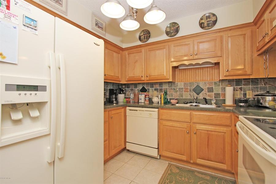 Real Estate Photography - 2222 Ocean Shore Blvd, # B205, Ormond Beach, FL, 32176 - Location 5