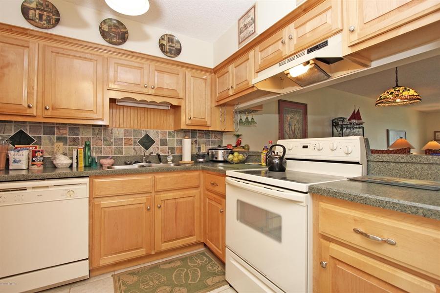 Real Estate Photography - 2222 Ocean Shore Blvd, # B205, Ormond Beach, FL, 32176 - Location 6