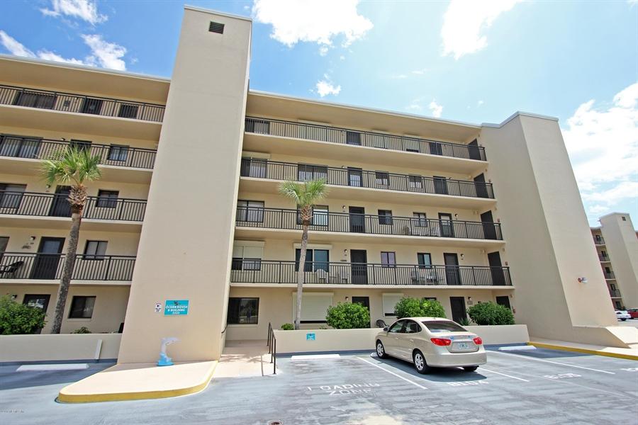 Real Estate Photography - 2222 Ocean Shore Blvd, # B205, Ormond Beach, FL, 32176 - Location 19