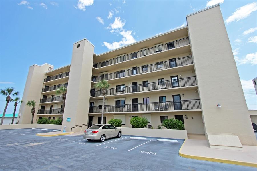 Real Estate Photography - 2222 Ocean Shore Blvd, # B205, Ormond Beach, FL, 32176 - Location 20