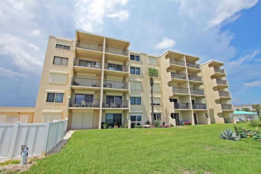 Real Estate Photography - 2222 Ocean Shore Blvd, # B205, Ormond Beach, FL, 32176 - Location 22