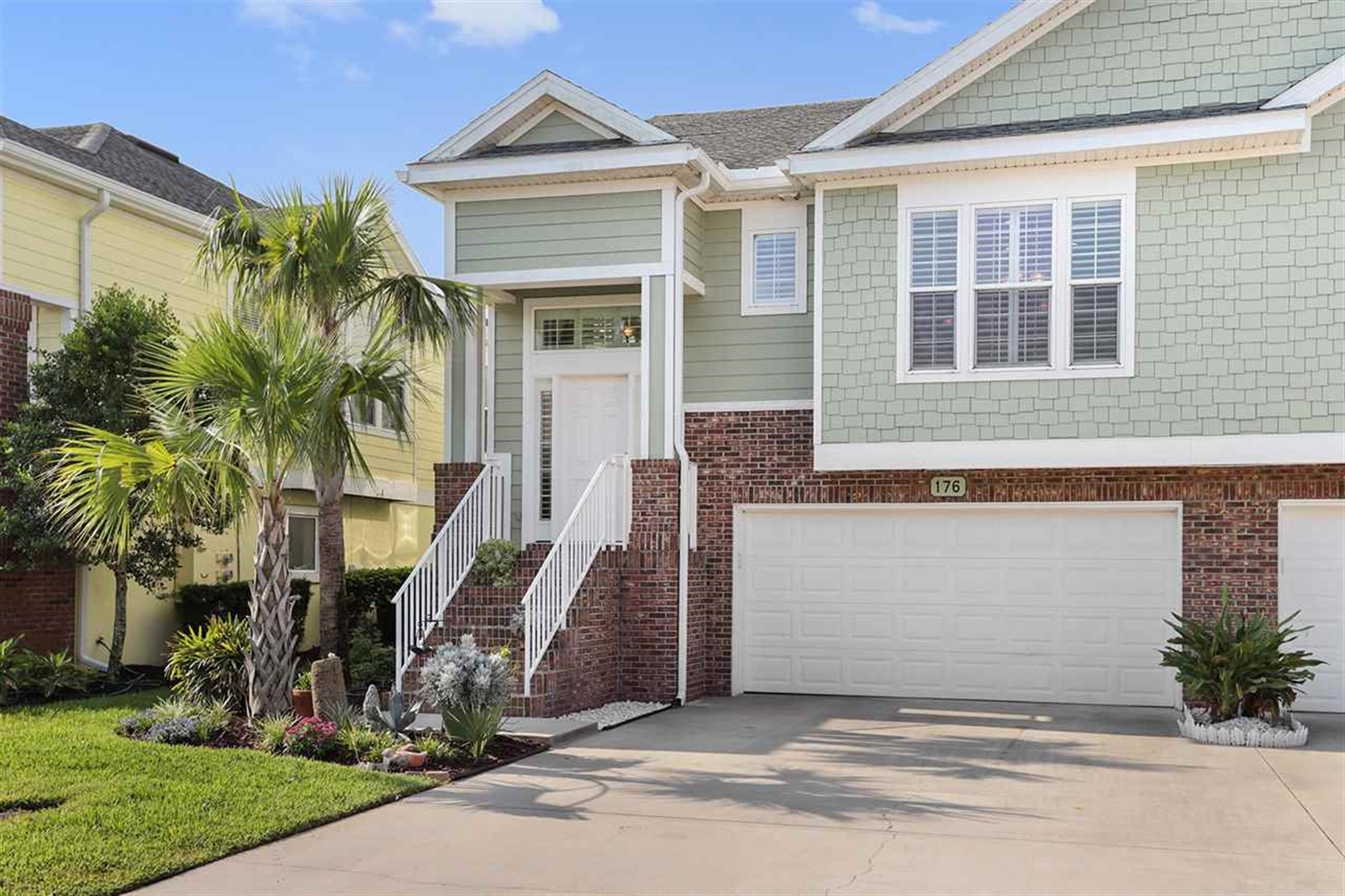 Real Estate Photography - 176 Sunset Cir N, Saint Augustine, FL, 32080 - Location 1