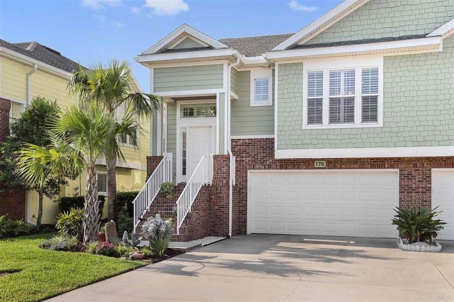 Real Estate Photography - 176 Sunset Cir N, Saint Augustine, FL, 32080 - Location 1