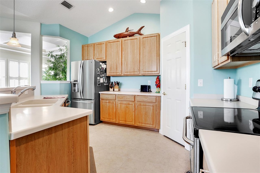 Real Estate Photography - 176 Sunset Cir N, Saint Augustine, FL, 32080 - Location 11