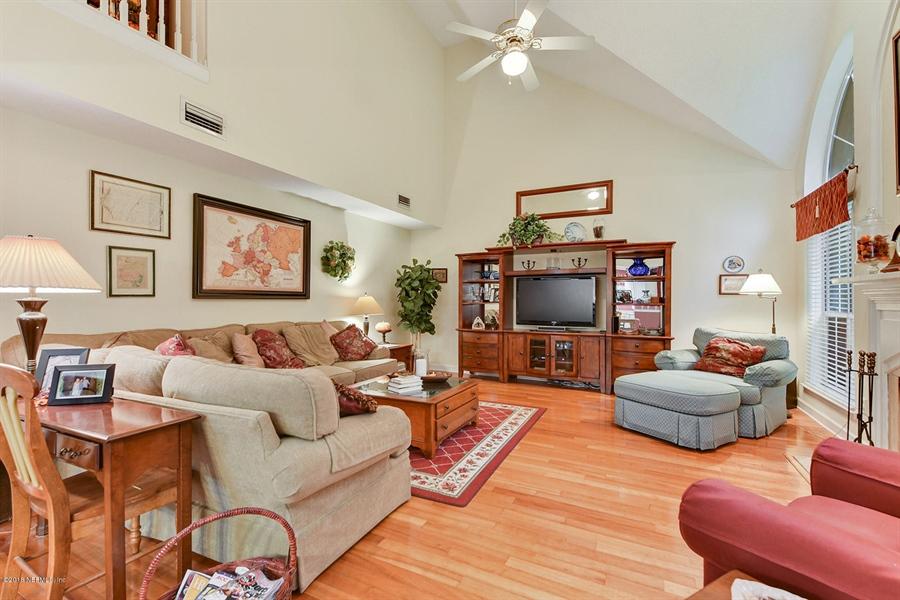 Real Estate Photography - 12928 JUPITER HILLS CIR, JACKSONVILLE, FL, 32225 - Location 14
